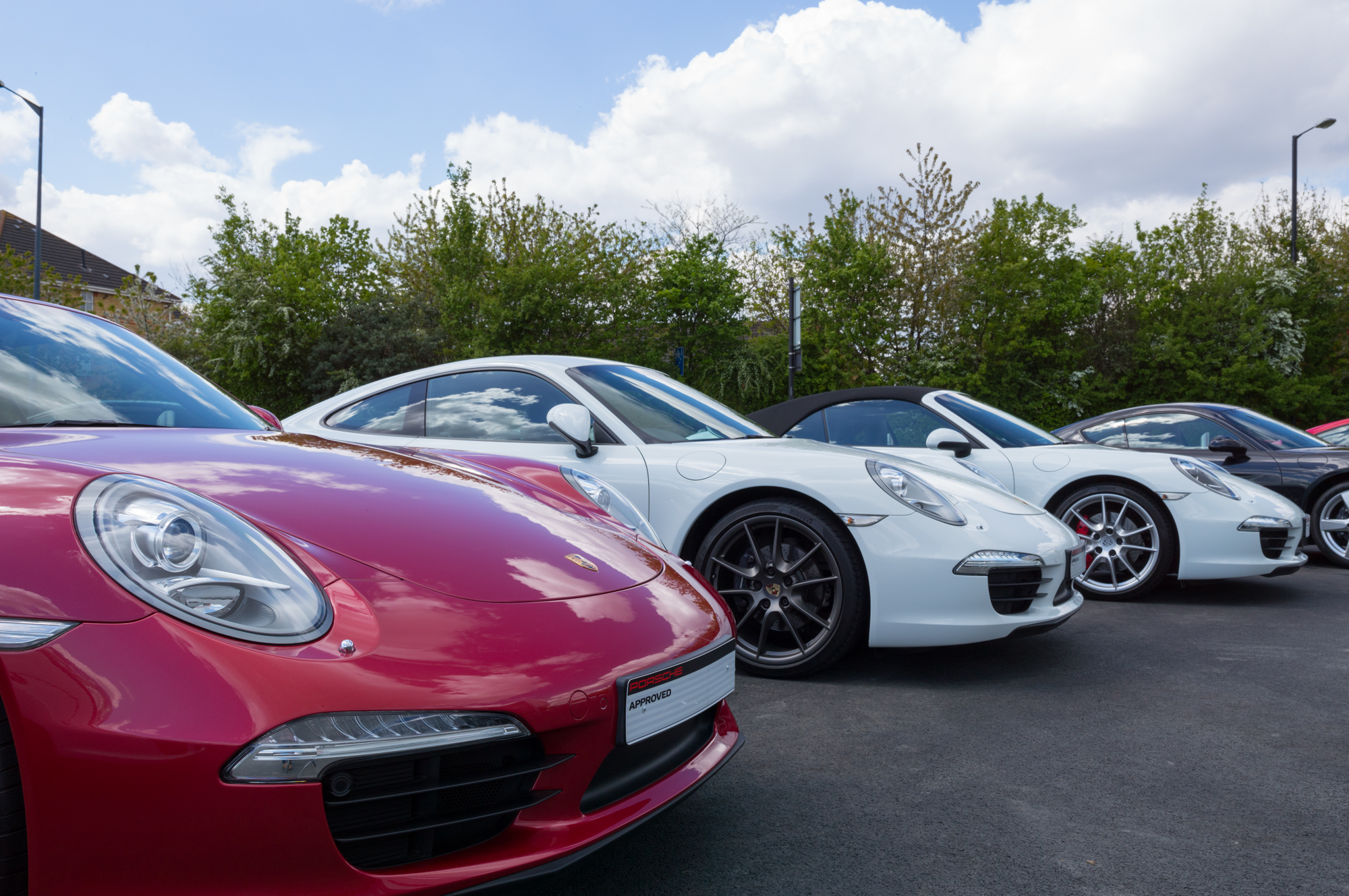 Porsche Centre East London Homepage